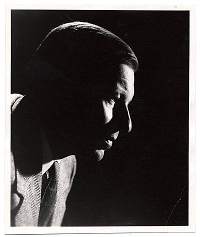Side view portrait of Eero Saarinen