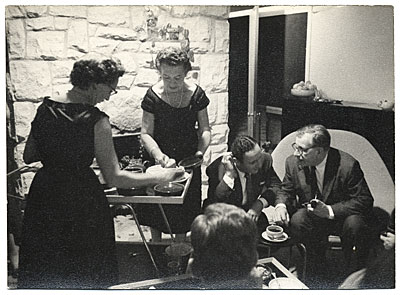 [Eero Saarinen and others at a party]