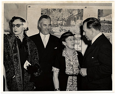Eero Saarinen at exhibition