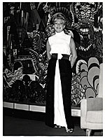 Aline Saarinen in evening dress