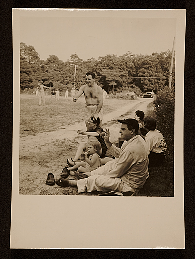 Franz Kline and Ludwig Sander at a baseball game