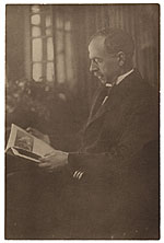 Joseph Lindon Smith reading