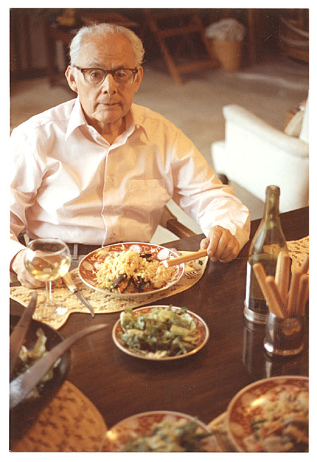[Antonio Sotomayor dining on paella]