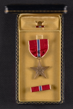 George Leslie Stouts Bronze Star medal and case