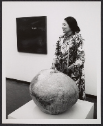 Toshiko Takaezu at the opening of an exhibition at the Honolulu Academy of Art