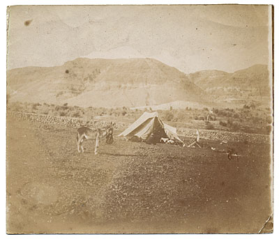 [Tent of Henry Tanner and Sandor Landeau in Palestine]