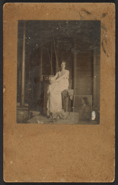 [Bessie Price posing for Abbott Handerson Thayer's painting Stevenson memorial]