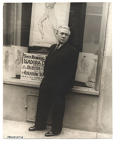 [Abraham Walkowitz standing outside the Shacht Gallery]