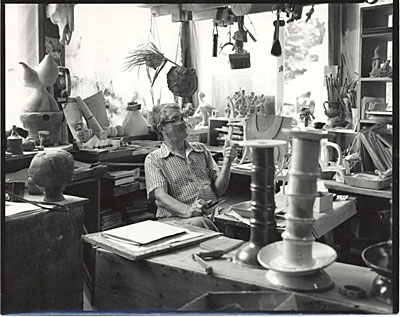 [Frans Wildenhain in his studio]