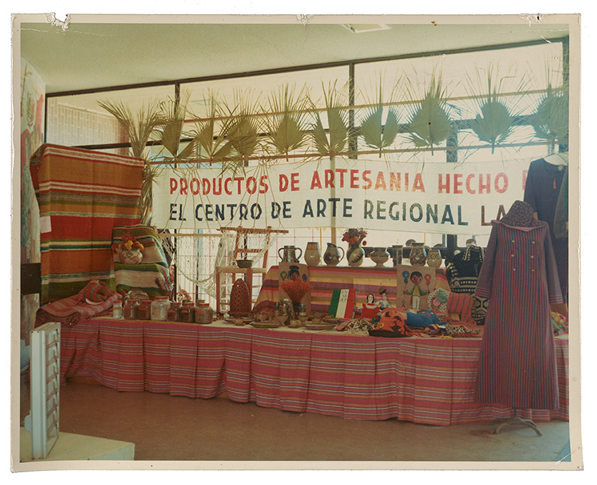 Photograph of goods on display from El Centro de Arte Regional