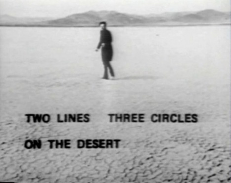 Figure 6 Two Lines, Three Circles on the Desert, April 15, 1969, film, Berlin, TV. © Estate of Walter De Maria.