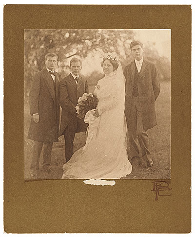 Photograph of Nancy Douglas Brush and Robert Pearmain with Gerome and George de Forest Brush