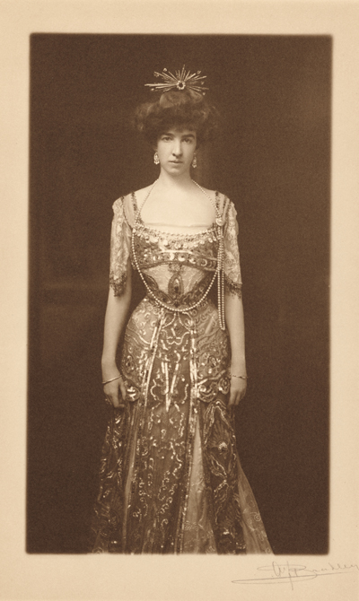 The Glamazon: Gertrude Vanderbilt Whitney