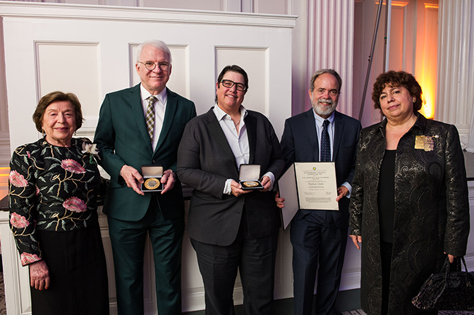 Photograph of awardees and trustees: Barbara Fleischman, Steve Martin, Catherine Opie, Thomas Crow, and Martha Fleischman