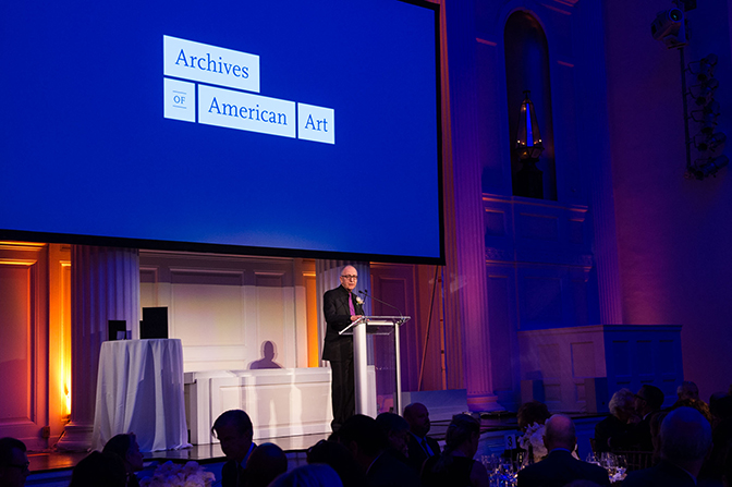 Smithsonian Secretary David Skorton speaking at the Annual Benefit