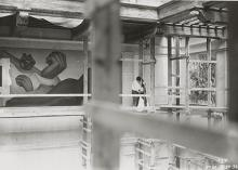 Photograph of Frida Kahlo and Diego Rivera at the Detroit Institute of Arts