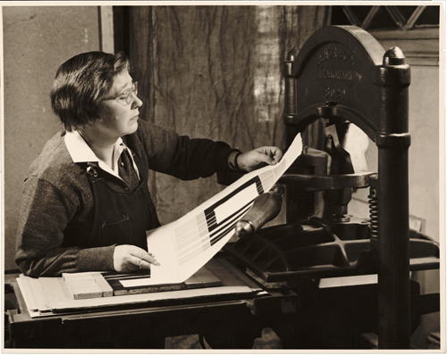 Figure 1. Alice Trumbull Mason at work, 1954 / John D. Schiff, photographer. Alice Trumbull Mason papers, Archives of American Art, Smithsonian Institution.