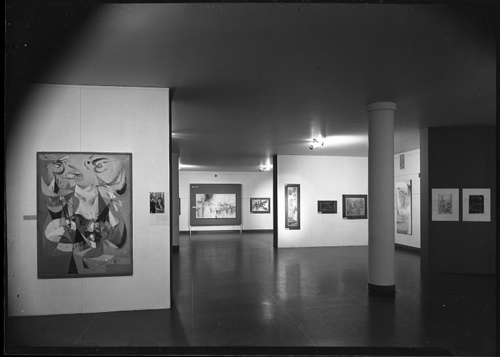 Figure 28. Installation view of The Burning Bush (to the left of support beam) as seen in the Brooklyn Museum of Art's exhibition 14 Painter-Printmakers (1954–55) Brooklyn Museum Archives. Records of the Department of Photography. 14 Painter-Printmakers [11/16/1955–01/08/1956]. Installation view.
